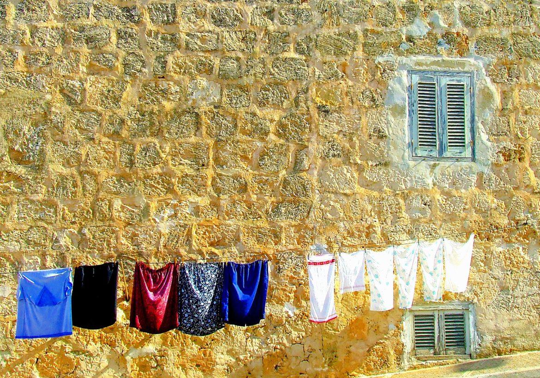 Slow fashion, cos'è e come funziona in Italia